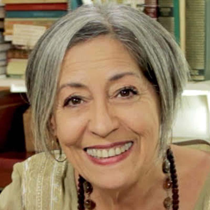 Elaine F. Martins