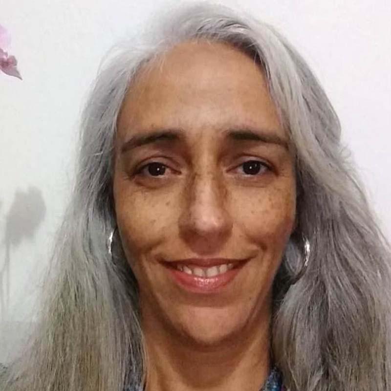 Lucia Rosa Oliveira